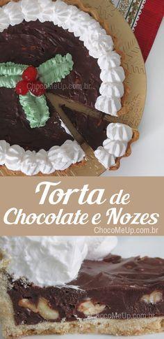 Receita de torta com massa crocante, recheio cremoso de chocolate e nozes e cobertura de chantilly. Uma boa idéia para o natal! #receita #torta #chocolate #nozes #receitadetorta #natal #sobremesa #doce #receitafácil #receitarápida