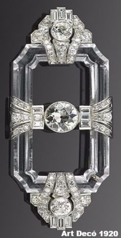 Art decó Brooch, 1920 With diamonds in platinum on lucite