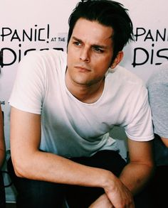 Dallon Weekes looking particularly beautiful here