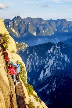 Sensations on the Mount Huashan in China