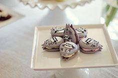 clottedcreamscone:  Totoro Macarons! by L' Atelier Vi on Flickr.  http://ohmyneighbourtotoro.tumblr.com/post/33031393942/clottedcreamscone-totoro-macarons-by-l