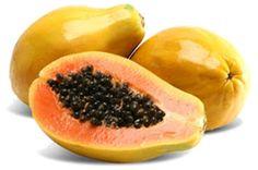 Papája je bohatá na antioxidační látky jako např. karoteny, vitamin C a flavonoidy. Je významným zdrojem vitaminů B, kyseliny listové, kyseliny pantotenové, draslíku a hořčíku.  Svým složením významně napomáhá k obnově cév a tkání, zpevňuje pleť a má výrazný anti-aging efekt, intenzivně hydratuje pokožku. Obsažený papain navíc pomáhá odstraňovat odumřelé kožní buňky, takže vaši pokožku přirozeně zjemní.  Papája najdete ve Zvlhčujícím gelu LUBANA…