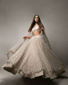Party Wear Indian Dresses, Designer Party Wear Dresses, Indian Gowns Dresses, Indian Bridal Outfits, Indian Fashion Dresses, Bridal Dresses, Party Wear Lehenga, Indian Wedding Gowns, Indian Reception Outfit