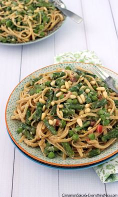 Green Goddess Primavera Pasta #recipe #peas