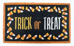 J & M HOME FASHIONS Halloween Trick or Treat Doormat, Beige & Tan