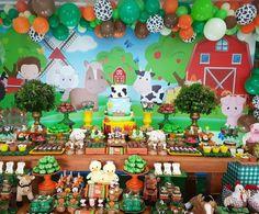 Festa Fazendinha: 140 imagens para você se apaixonar pelo tema Farmer Birthday Party, 4th Birthday Parties, Birthday Party Decorations, Birthday Cake, Farm Animal Party, Farm Animal Birthday, Farm Themed Party, Farm Party, Naruto Birthday