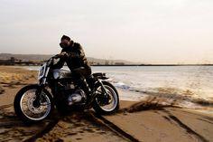 Triumph Bonneville Flat Track by Svako Motorcycles - Photos by Simone Ruiz #motorcycles #streettracker #motos   caferacerpasion.com