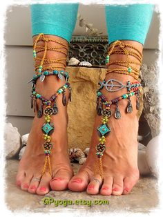 A new variation of previously sold GPyoga Turquoise LOVE barefoot sandals. The purple beads may have a slight color variation. ~ Unique design by GPyoga ~ Please do not copy. Exclusive of beaded anklets. NOTE: Youll receive exactly whats shown on pic #2, 3 and 5 - that is without the beaded anklets. Picture #1 and 4 are showing the sandals with Ankle Bracelets that you can order separately. Please visit my anklet section here: https://www.etsy.com/shop/GPyoga?section_id=13525998 or convo…