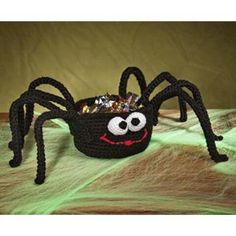 Crocheted Silly Spider Treat Basket Pattern/ dont know how to crochet but really cute idea Thanksgiving Crochet, Crochet Fall, Holiday Crochet, Crochet Home, Knit Crochet, Free Crochet, Halloween Crochet Patterns, Crochet Patterns For Beginners, Beginner Crochet