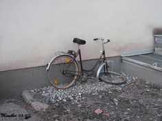 This is also Salzburg. You can see lot of broken bikes at the river, at the trainstation and also in the downtown. Salzburg, Train Station, Beautiful Places, Bicycle, Bike, Bicycle Kick, Bicycles