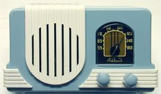 A charming blue and white mid-century Addison radio. #vintage #radios #home_decor