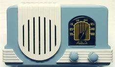 A charming blue and white mid-century Addison radio. #vintage #radios #home_decor