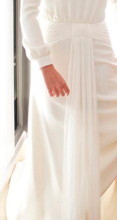 Detalles de novia - TELVA #Novias #Vestido #JorgeAcuña
