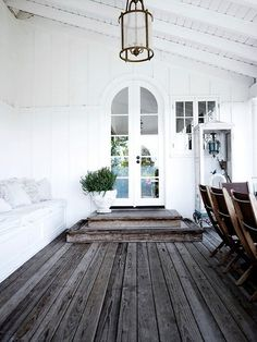 I live the wood tones with the crisp white walls in this and want to do a ceiling similar. I have almond colored windows so I am not sure how crisp white walls will work with it but I will find out :). I think the actual ceiling part may be white though too, we … … Continue reading →