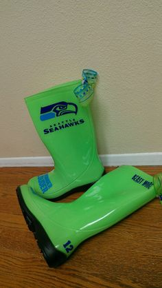 SUCH WANT! Seattle Seahawks Replica NFL Rainboots Seahawks Wellys Wellies 12th Man Rainboots Bigger Faster Stronger Louder $75.00