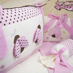 O Kit Berço com estampa poá está com a bola toda! Confira lindas inspirações de enxoval para meninos e meninas com a famosa estampa de bolinhas!!!