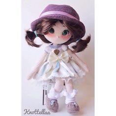 Crochet doll.  By @knottellaa Instagram photo   Websta.(Inspiration).