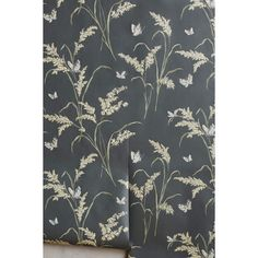 Anthropologie Tall Grass Wallpaper (5.200 RUB) ❤ liked on Polyvore featuring home, home decor, wallpaper, carbon, seagrass wallpaper, anthropologie, sea grass wallpaper, grass wallpaper and anthropologie wallpaper