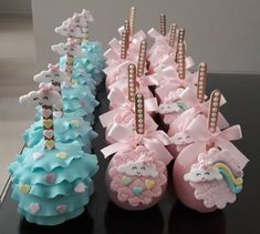 Inspire your Party ® Unicorn Birthday, Unicorn Party, Baby Shower Cakes, Baby Shower Parties, Ballerina Cakes, Party Sweets, Rainbow Parties, Baby Shower Centerpieces, Candy Apples