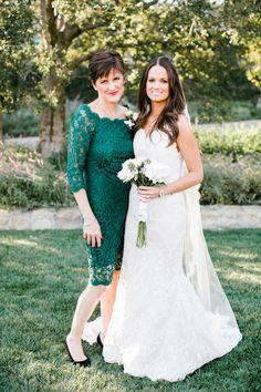 mother of bride in emerald green dress http://www.trendybride.net/beautiful-mother-of-the-bride-dresses/ #trendybride