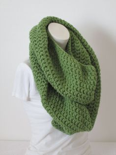 Chunky Infinity Scarf, Oversized Extra Thick - Tea Leaf...Free Matching beanie hat with pom poms by VansBasicWear on Etsy