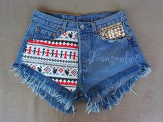 High waisted denim shorts Levi's Tribal Aztec studded par Jeansonly