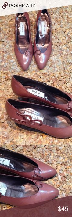 "Vintage Bally made in Italy brown heels Sz 8 These are in great condition., Bally, made in Italy, brown with snake skin design, Sz 8, leather sole and upper, 2.25"" heel Bally Shoes Heels"