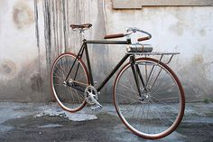 One of the events at this year's screening of the Bicycle Film Festival in Florence was Ciclosili, profiling the Italian flair for discerning aesthetics. It was presented in Stazione Leopolda, the city's first railway station, but it was also the… Read more »