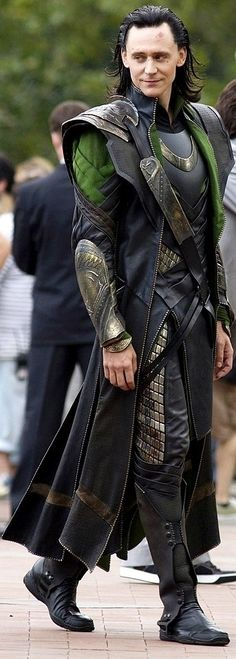 Insane detail in Loki's costume!! Beautiful and intricate from head to toe!!