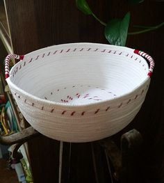 Rope bowl container