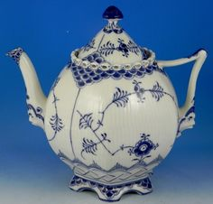 Royal Copenhagen Blue Fluted Full Lace Teapot 30 ounce new #RoyalCopenhagen