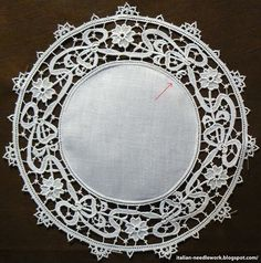 Italian Needlework: New Aemilia Ars website Scroll to bottom for labels on left side for examples of many types