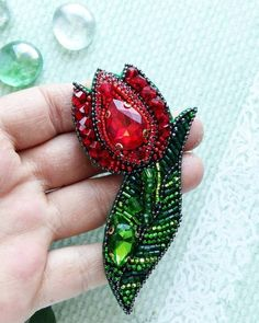 Bead Embroidery Jewelry, Soutache Jewelry, Bead Jewellery, Fabric Jewelry, Beaded Embroidery, Beaded Jewelry, Diy Jewelry, Jewelery, Handmade Jewelry