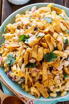 Ranch Pasta Salad BBQ Ranch Pasta Salad with chicken and crunchy corn chips.BBQ Ranch Pasta Salad with chicken and crunchy corn chips. Easy Pasta Salad Recipe, Best Pasta Salad, Summer Pasta Salad, Easy Salad Recipes, Simple Pasta Salad, Summer Picnic Salads, Homemade Pasta Salad, Bbq Salads, Simple Recipes
