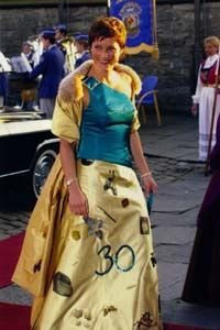 This is Princess Martha Louise of Norway, one of the most sartorially... um, interesting of Europe's princesses.  Three guesses which of her birthdays she was celebrating when she wore this.