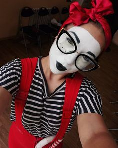 Mime Costume, Costumes, Mime Makeup, Kurt Cobain, Goth, Sunglasses, Life, Collection, Instagram