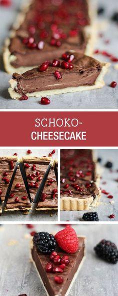 Süßes Rezept für einen Cheesecake mit Schokolade und Granatapfel / sweet recipe for a chocolate cheesecake with pomegranate via DaWanda.com