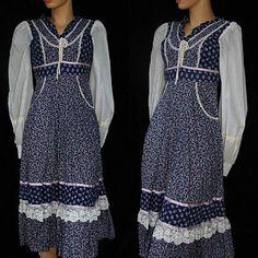 Vintage 70s 1970s Floral Corset Prairie Midi Romantic Gunne Sax Hippie Lace Calico Dress XS. $65.00, via Etsy.