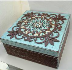 pudełko z mandala DIY http://www.irisszarooka.pl/2017/07/pudeko-z-mandala-diy.html