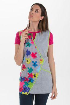 Estola Puzzle Kindergarten Teacher Shirts, Stylish Scrubs, Teacher Apron, Teacher Dresses, Pinafore Apron, Medical Scrubs, Crochet Round, Couture, Scrub Tops