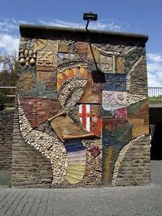 public art in Cochem, the capital of the district Cochem-Zell in western Germany. It is situated in the valley of the Mosel, surrounded by vineyards.