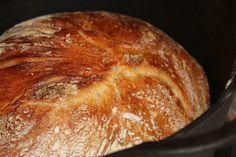leipä uunista Scones, Bread Recipes, Rolls, Food And Drink, Sweets, Baking, Party Ideas, Egg, Bakken
