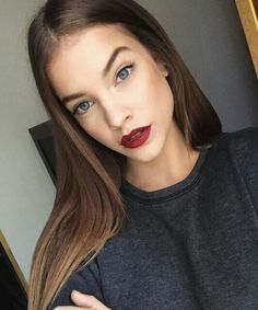 Barbara palvin; classic Red Lip
