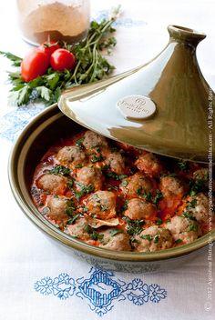 Kofta Tajine (spiced Meatballs with Ra's el-hanout) (in Dutch)