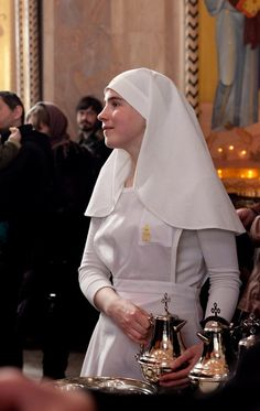 orthodoxwayoflife:  An Eastern Orthodox nun from St. Elizabeth's convent