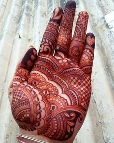 Unique Mehandi Design that Increases Your Hand Beauty - BaBa Ki NagRi Indian Henna Designs, Rose Mehndi Designs, Mehndi Designs 2018, Modern Mehndi Designs, Mehndi Design Pictures, Mehndi Designs For Girls, Mehndi Designs For Beginners, Wedding Mehndi Designs, Mehndi Designs For Fingers