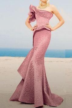 MNM Couture – 2344 Peplum Fantasy Asymmetric Mermaid Gown MNM Couture – 2344 Peplum – Fantasy asymmetric mermaid dress in green Mermaid Gown, Mermaid Dresses, Girls Formal Dresses, Strapless Dress Formal, Couture Dresses, Fashion Dresses, Gown Pattern, Popular Dresses, Mode Hijab