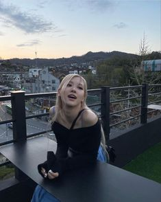 bestest sweetest prettiest gentlest girl ever ilu rosé ☹️ rosé ig update 211021