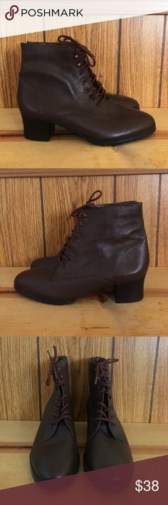 Mobility Brattle Leather Heeled Ankle Boots Mobility Brattle Heeled Lace Up Ankle Boots. Leather upper. Made in Brazil. Preloved with a couple tiny scuff spots. Size 7 1/2. If you have any questions please ask before buying. *Colors may vary slightly from pictures* Mobility  Shoes Heeled Boots