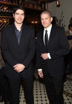 Brandon Routh Photos Photos - Actors Brandon Routh (L) and Wentworth Miller attend the CW Network's 2015 Upfront party at Park Avenue Spring on May 2015 in New York City. - The CW Network's 2015 Upfront - Party Legends Of Tomorrow Cast, Legends Of Tommorow, Michael Scofield, Tv Actors, Actors & Actresses, Prison Break 5, Wentworth Miller Prison Break, Hero Tv, Ray Palmer
